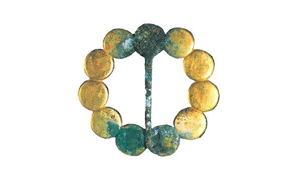 金製ブローチ(仙台市博物館 蔵)